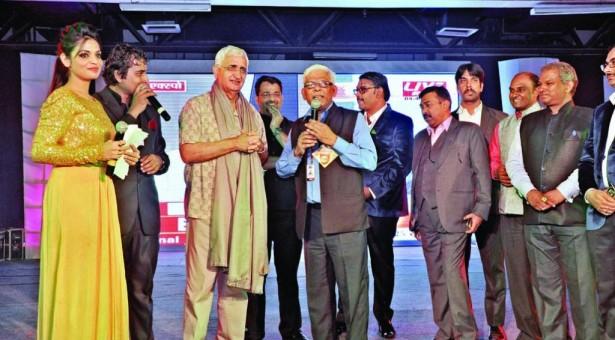 समृद्ध जीवन फाउंडेशन और लाइव इंडिया के ब्लड डोनेशन कैम्प को मिली रिकॉर्डतोड़ सफलता
