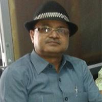 सुरेश त्रिपाठी,संपादक,परिपूर्ण रेलवे समाचार