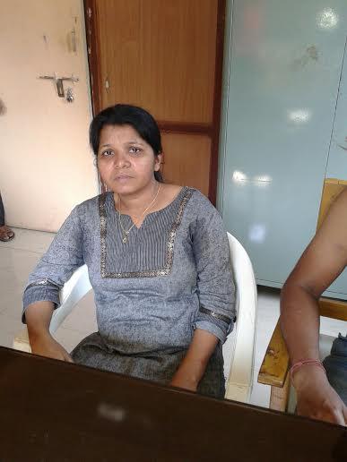 महाराष्ट्र के पनवेल मे लोकल चैनल 'कर्नाळा टीव्ही' की रिपोर्टर 'चेतना वावेकर' पर जानलेवा हमला