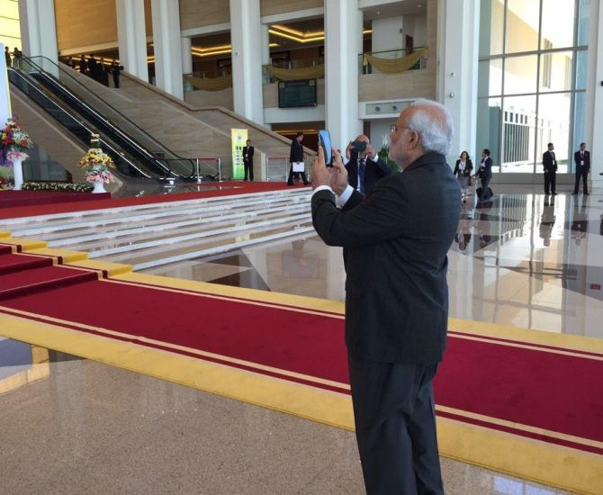 इंस्टाग्राम पर प्रधानमंत्री नरेंद्र मोदी