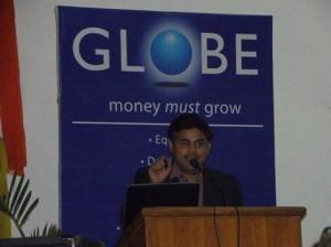 निमिष कुमार मीडिया खबर के मीडिया कॉनक्लेव में अपनी बात रखते