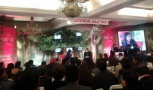 एंकर श्वेता सिंह का 'मधुशाला' में अटक जाना खटक गया!