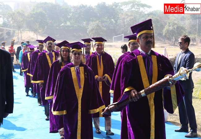 जागरण लेकसिटी यूनिवर्सिटी में द्वितीय दीक्षांत समारोह का आयोजन, 200 छात्रों को मिली डिग्री